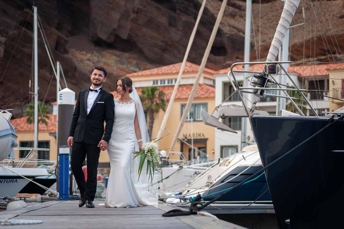 Bride and groom at Quinta do Lorde, Madeira