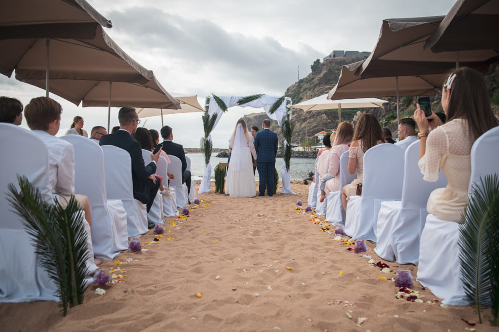 beach wedding in Madeira